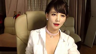 Korean busty hot camgirl sensual show