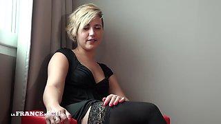 Celia La sextape ultra hard d&#39une mere au foyer en manque de sexe