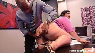 BBW Office Slut - PlumperPass