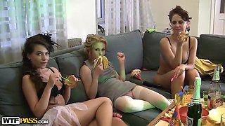 Cofi,Marianna,Olis,Tolina,Venera and Yani in homemade sex