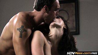HDVPass Chanel Preston Seduces Lucky Guy In Bedroom