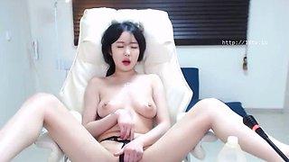 Hot Korean camgirl oils her beautiful big tits