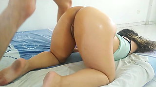 my sister likes her ass full of oil and her vagina of cum