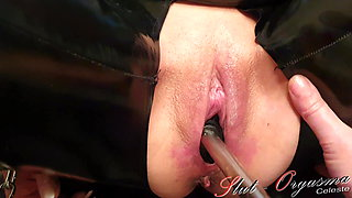 Slave Slut-Orgasma Celeste fucking a Latex Toilet Brush