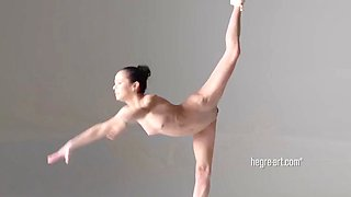 Julietta &amp Magdalena Nude ballet