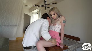 Kissing stud babe Lexi Lore spreads legs on the table to fuck mish