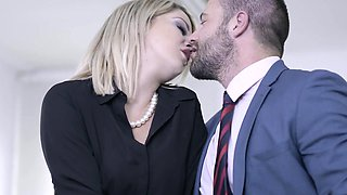 Babes - Office Obsession - Return to Sender s