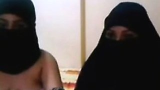 Two arab sexy girls on webcam