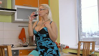 Lonely housewife Luba Love is masturbating her wet and insatiable pussy